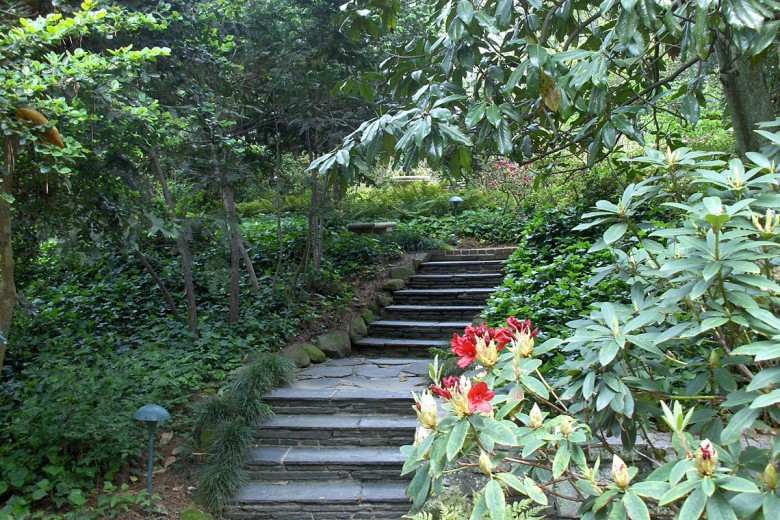 Cherokee Stone Steps, Garden Architects, Inc.