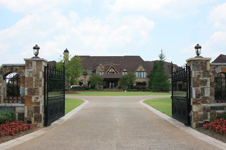 Estate Formal Circular Drive, Garden Architects, Inc.