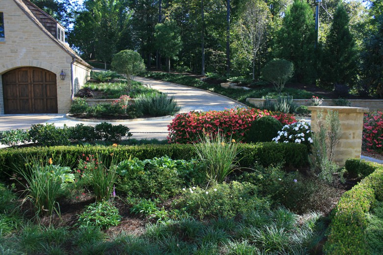 Boxwood and Perennial Front Entry, Garden Architects, Inc.