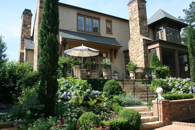 Italian Style Rear Garden, Garden Architects, Inc.