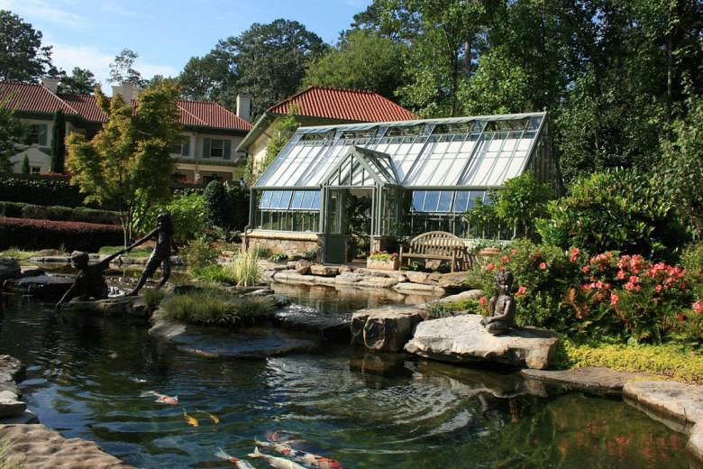 Buckhead Estate Custom Greenhouse, Garden Architects, Inc.