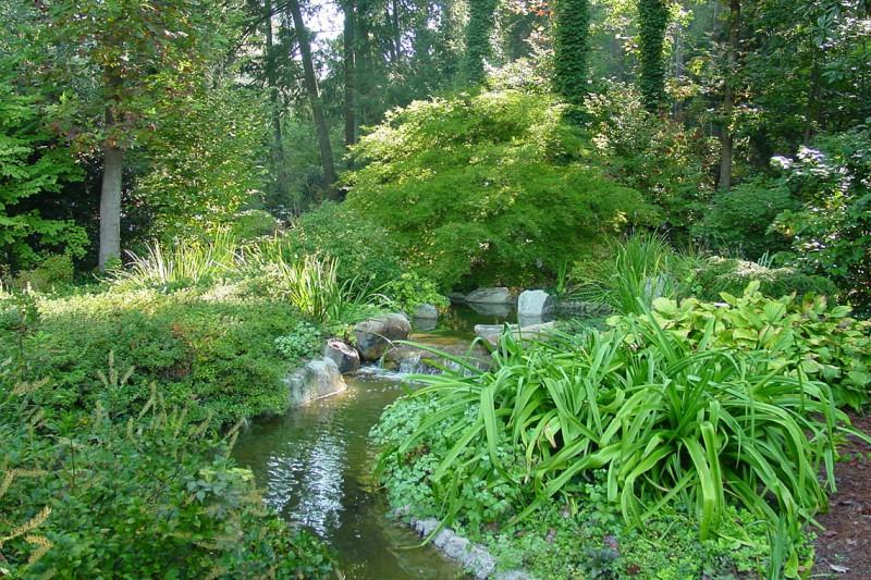 Garden Stream in Buckhead Estate, Garden Architects, Inc.